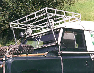 The Green Rover roof rack
