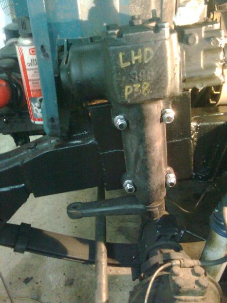 P38 Range Rover power steering box mounted